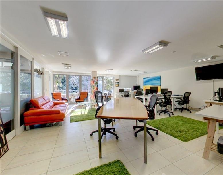 Photo of Office Space on 339/341 Barrenjoey Rd, Newport Sydney